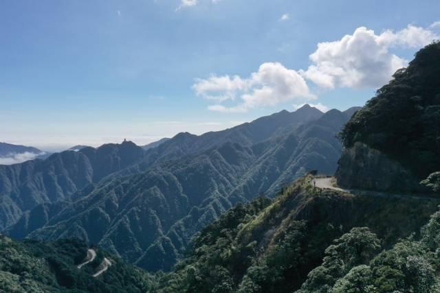 自2018年起,南岭森林公园正式闭园,山间留下一片宁静。 南方日报记者 吴明摄